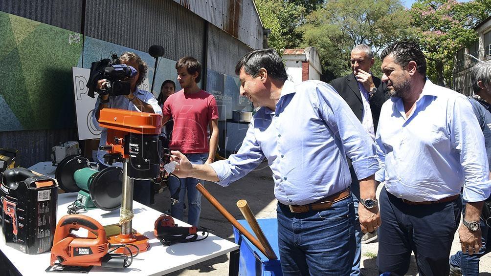 Presentaron concurso para entregar máquinas y herramientas a desempleados