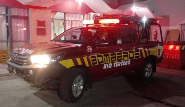 DOS SALIDAS DE BOMBEROS EL FIN DE SEMANA