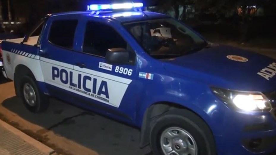 OFICIAL GOLPEADO POR JÓVENES EN LA MADRUGADA DEL DOMINGO